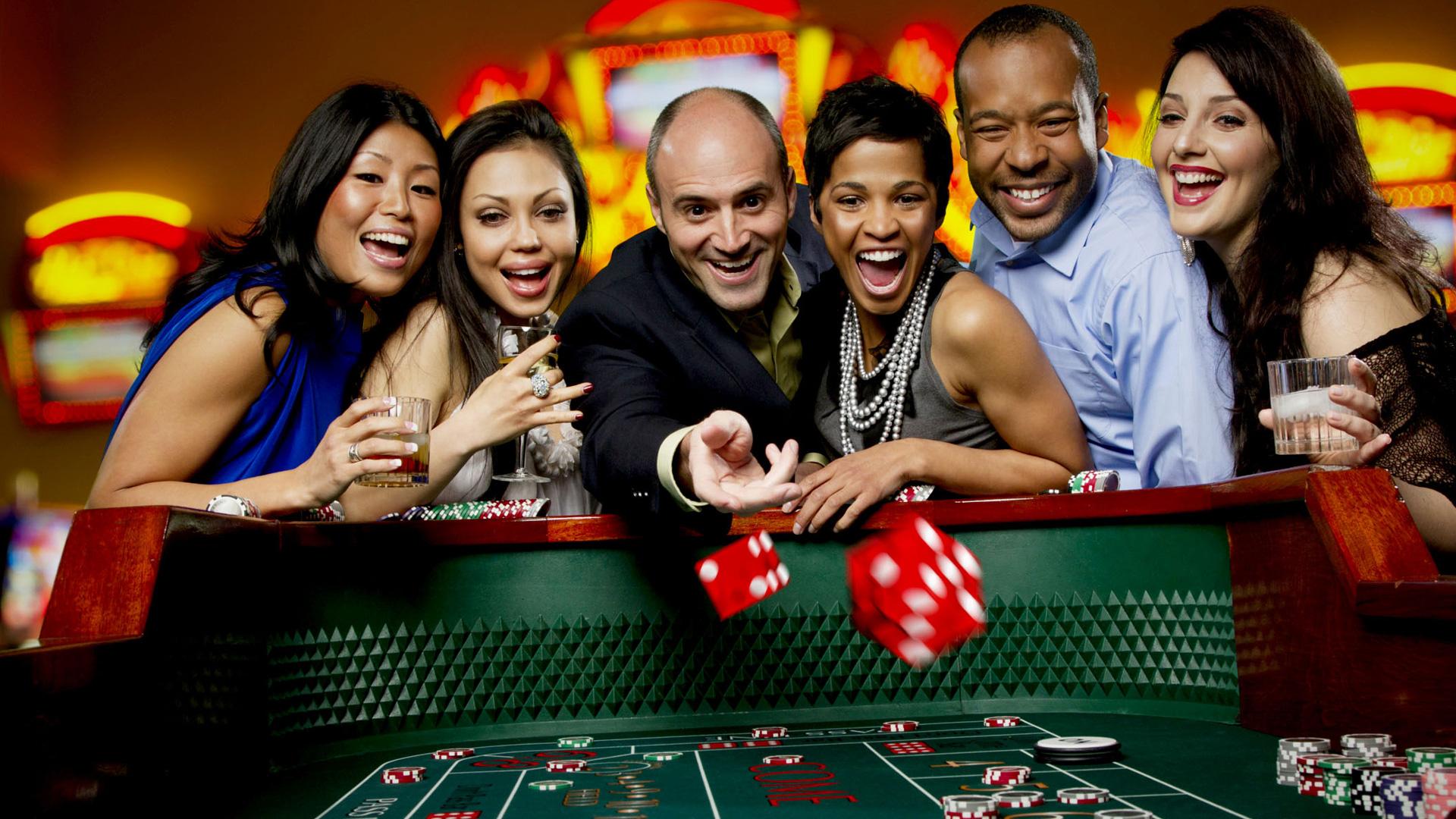 Правила игры кости в казино карты человек паук герои и злодеи играть онлайн