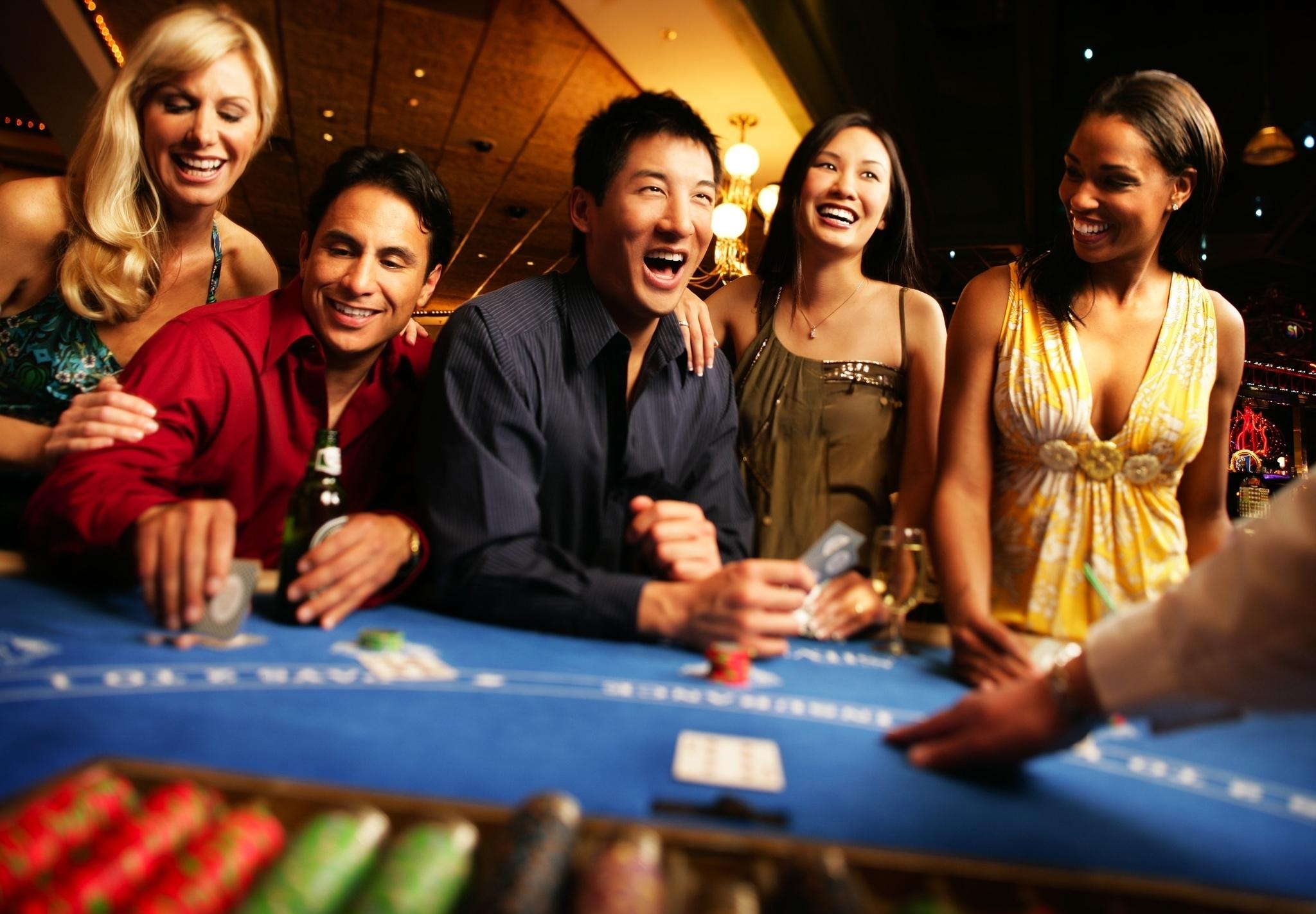 Жетоны казино и игровых автоматов расположенных на круизных кораблях онлайн русские игровые автоматы